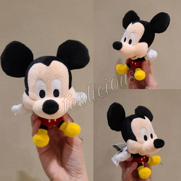 Disney Parks Keychain Cute Big Head Minnie Mouse